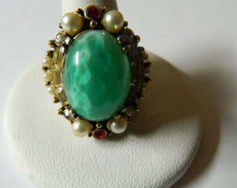 Beautiful-1960's Glass stones adjustable ring
