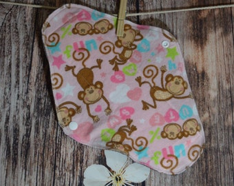 11.5″ Large Pad – Moderate to Heavy Flow – Cute Monkey on Pink