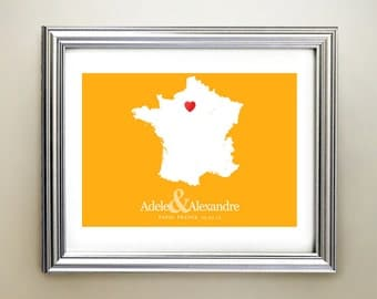 France Custom Horizontal Heart Map Art - Personalized names, wedding gift, engagement, anniversary date