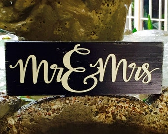 Mr and Mrs hand painted wooden sign, Wedding sign, Black and Champagne, Mr and Mrs sign, Wedding table Decor, Rustic Wedding Decor, Mr & Mrs