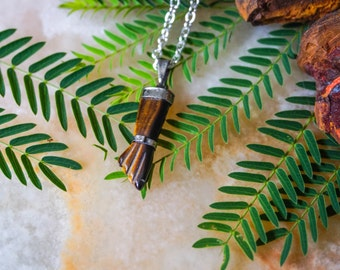 Tiger Eye Figa Hand Amulet Pendant Necklace, Sterling Silver Chain,Protection Amulet Pendant,Layered Necklace,Pendulum,Unisex