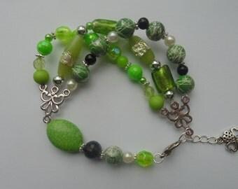 Glass & Acrlic Bead Green Multistrand Bracelet