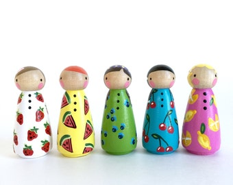"peg doll play set 2"" // Set of 5 fruity farmer's market peg dolls with felt sleeping bag // 2""  wooden peg dolls // wooden toys"