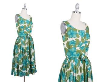 Vintage 1950s dress // 50s garden party dress