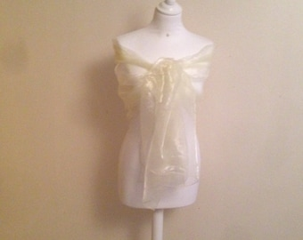 Stole organza ivory 2 meters / 75 cm, marriage, end of year holidays, evening and Christmas.