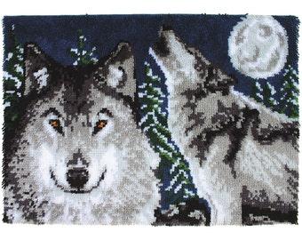Midnight Wolves Wonderart Latch Hook Kit