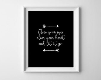 """INSTANT DOWNLOAD 8X10"""" printable digital art file - Close your eyes - Black and White - Arrows -Inspirational - home decor - Typography"""