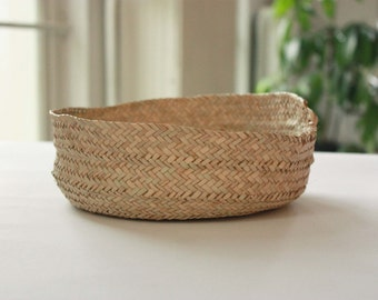 """Hand Braided African Basket - small shallow style. Handmade with Straw. Perfect Storage. 9""""x 3"""" Ethically Made in West Africa. Free tracked"""