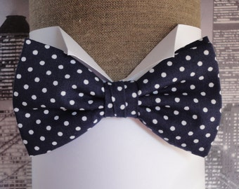 Bow tie, navy white spot bow tie, pre tied bow tie, self tie bow tie