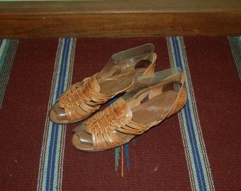 Women Size 7 Vintage 80s Camel Brown Tribal Sandals/Huaraches