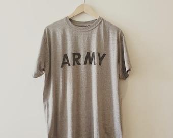 Vintage ARMY tee. Size: Large // SOFT // follow us on ig @creepandhound