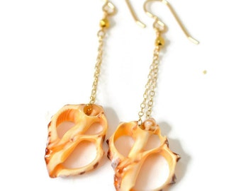 Shell Earrings, Gold Chain Shell Earrings, Drupa Shell Earrings, Dangling Shell Earrings