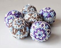 PATTERN - Crochet stuffed balls - Christmas hanging wall decoration - garland - instand download