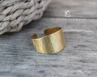Brass ring hammered gold ring