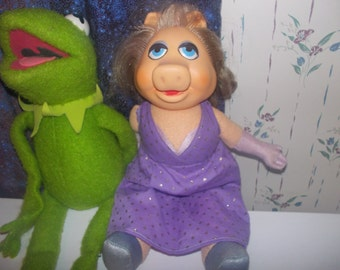 Miss Piggy and Kermit the Frog Dolls