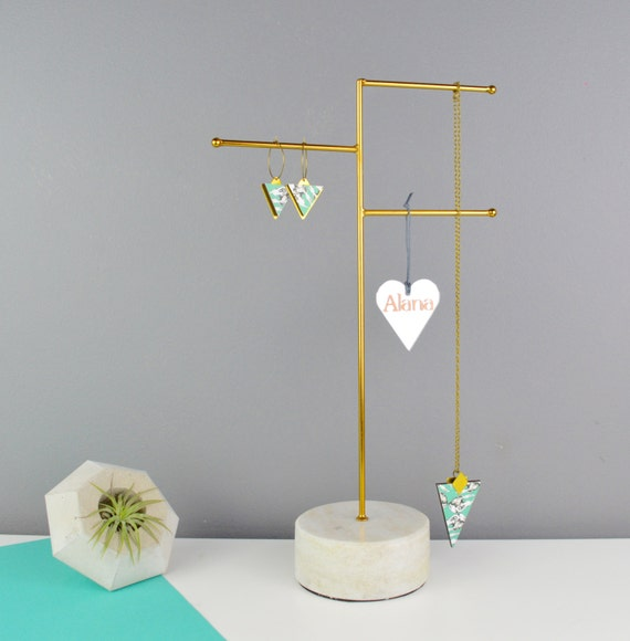 Jewellery stand marble necklace holder in brass for Sawyer marble jewelry stand