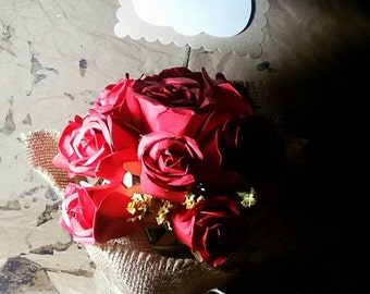 Centerpiece, decorations for weddings, red roses,