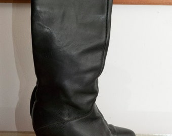 Vintage Frye Tall Black Boots 1980's Size 7 Stacked Heel