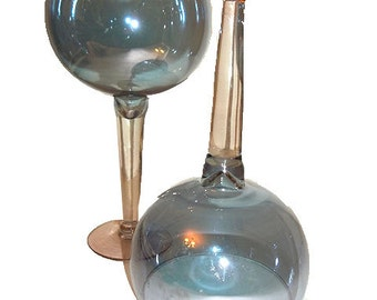 2 Iridescent Blue Crystal Wine Glasses
