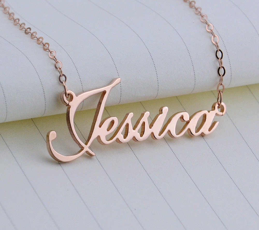rose gold name necklacecursive nameplate. Black Bedroom Furniture Sets. Home Design Ideas