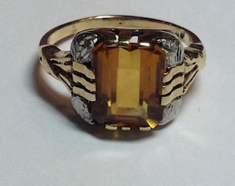Vintage Mid Century Synthetic Citrine Birthstone Ring in 10k Yellow Gold