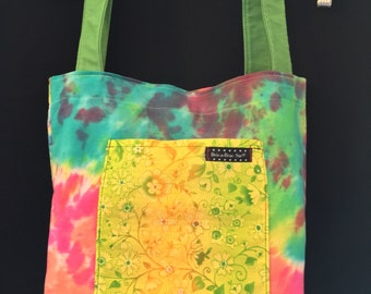 Tie-dye with Yellow & Green Flowers Tote Bag