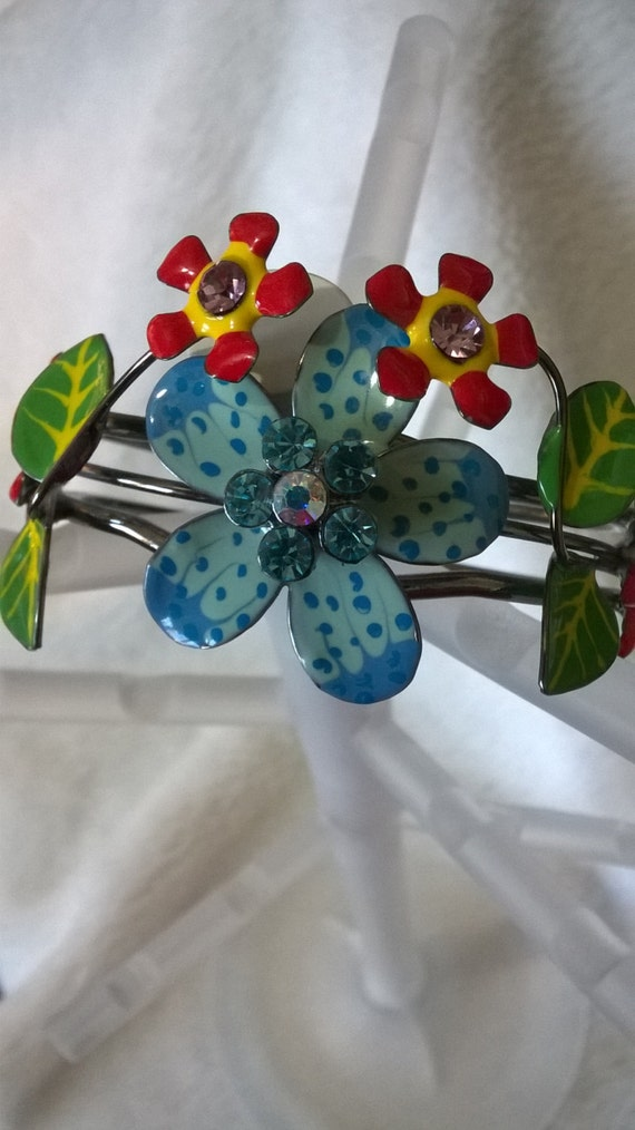 Colorful Metal Flower Cuff Bracelet