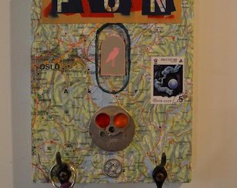 map/collage key rack