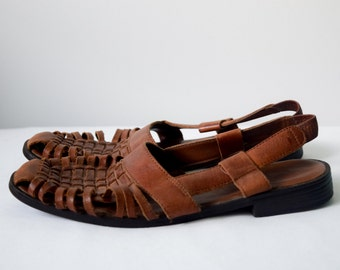 80s brown leather huarache sandals, size 6