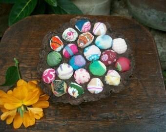 1980s Japanese Hokkaido Craft Dried Lotus Flower Table Decoration