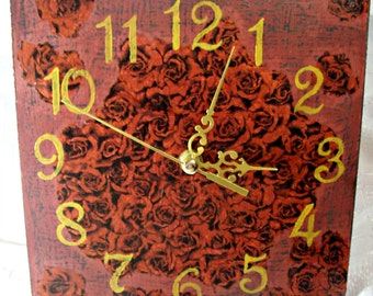 Wall clock / Red Roses /