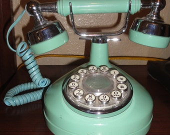 Western Electric Princess Style Turquoise Phone/NON  WORKING