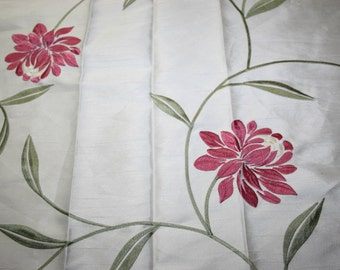 Embroidered Floral Fuhsia Leafes Dress Fabric Silky Beige Tailoring 68 x 98 cm