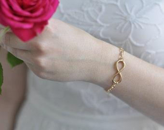 Infinity bracelet gold - endless love