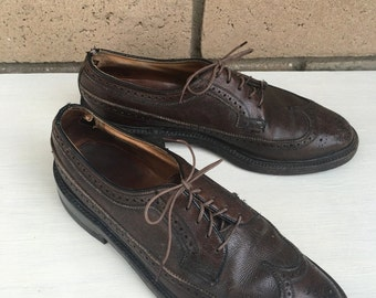 Vintage Men's Brown Leather Wingtips by Florsheim Imperial w/Cat's Paw Heels Size 8C
