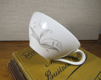 Kaysons Fine China Teacup - Golden Rhapsody - Made in China