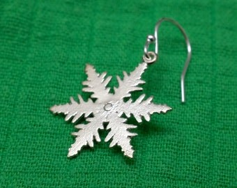 Unique silver snowflake pendant single earring