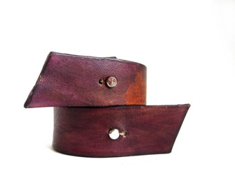 plum leather cuff braclet simple leather bracelet made of vegetable tanned leather Hand dyed leather bracelet minimalist bracelet