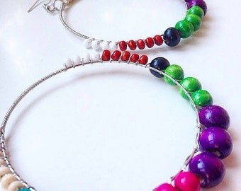 Multicoloured hoops, wooden beads