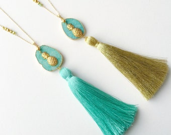 PINEAPPLE and POMPOM necklace