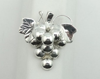 Lovely 1920's Era Vintage Grape Cluster Sterling Silver Brooch With Bail. Can Be Worn As A Pendant.  #GRAPES-PN2