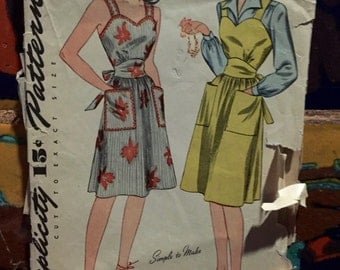 "1940's Simplicity Dress Pattern, (pinafore and blouse) 4525, size 14, 32"" bust, used"