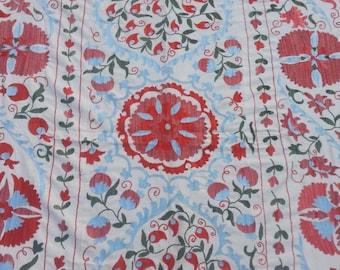 Size:7 ft by 4.9 ft Handmade Uzbak Wall Hanging Suzani Silk and Cotton Home Decor Suzani