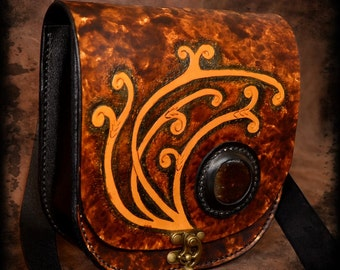 Leather in Brown handmade shoulder bag
