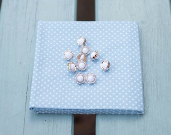 White and Gold Flower Buttons