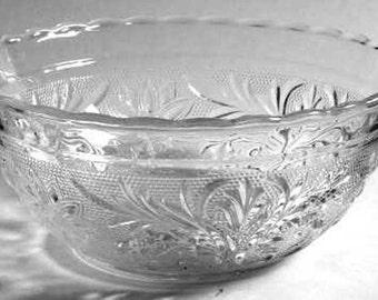 Anchor Hocking Sandwich Glass Bowl