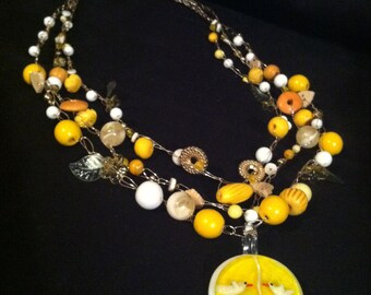 Yellow, White and Gold Bead and Crochet Wire Necklace
