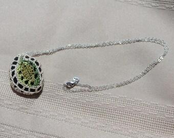 Summer Leaf Crochet Pendant