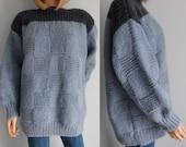 Sweater jumper pullover, light blue, chunky knit, long sleeve, slash neck, oversize baggy, fluffy wool, 80s vintage retro, large