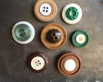Vintage Button Magnets - Set of 7 Green/Brown